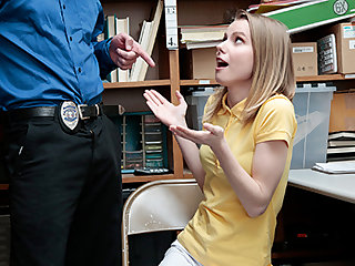 Catarina Petrov in Case No. 3312488 - Shoplyfter